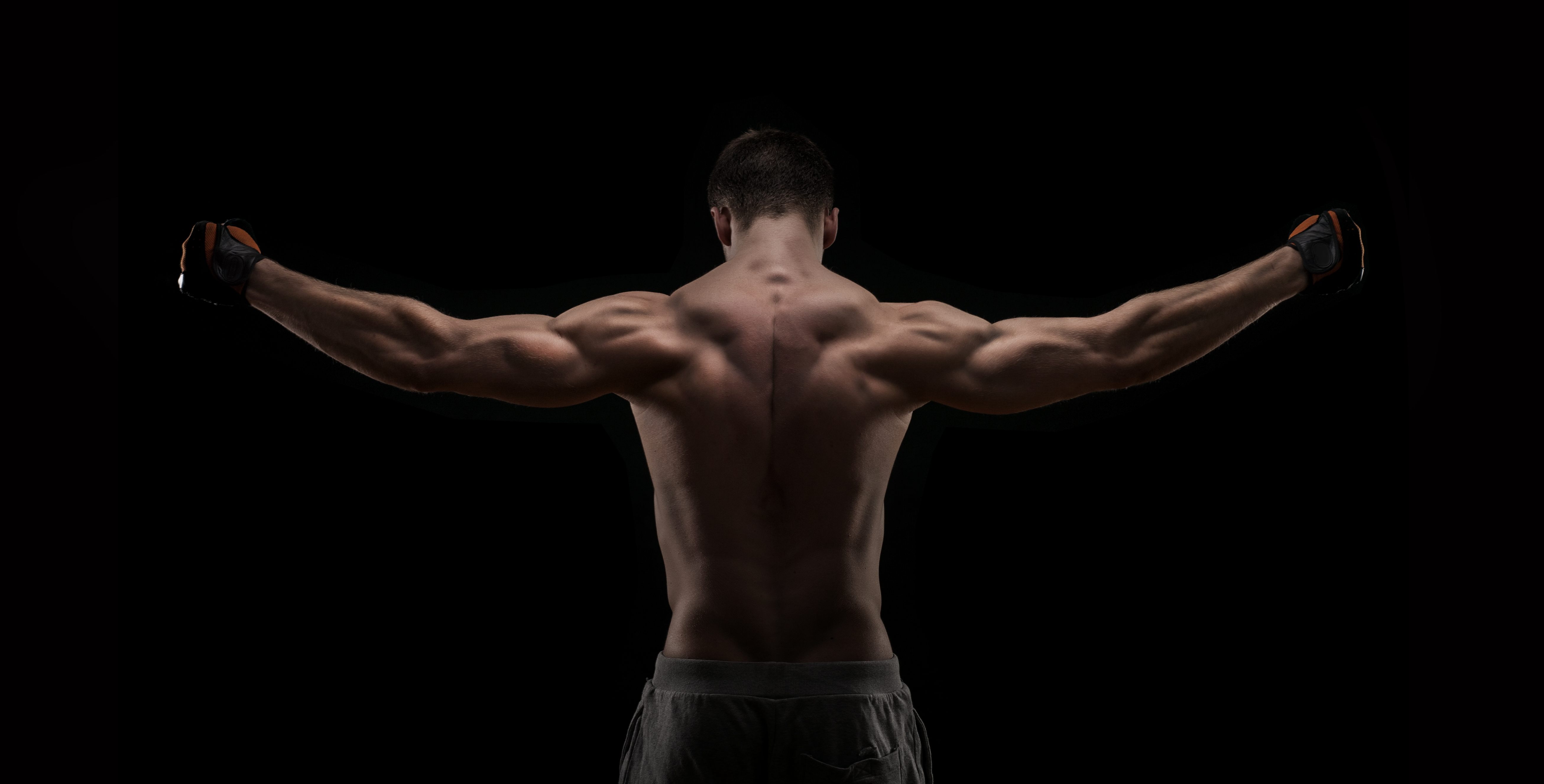 Фото голых мужских спин 9 фотография